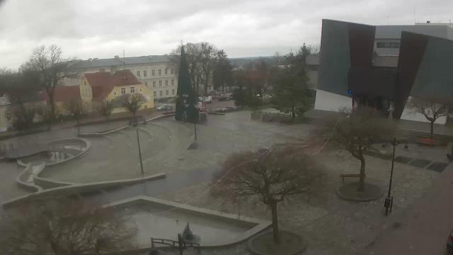 Plac Jana Pawła II - kinoteatr - Kwidzyn