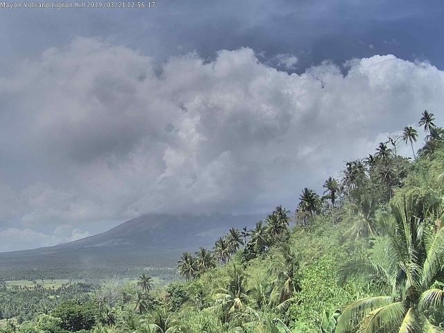 Mount Mayon Vulcano Eruption - Legazpi